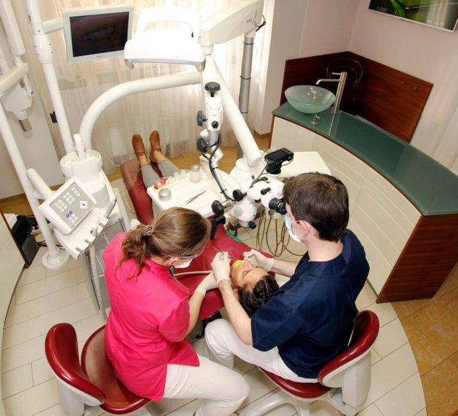 Esztétikai fogászat, fogászati mikroszkóp 3