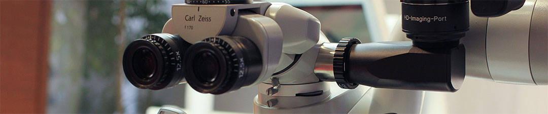 Mikroszkóppal végzett gyökérkezelés - fogászati mikroszkóp